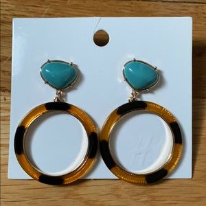 H&M earrings // tortoise shell and turquoise color